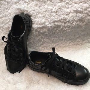 05ee9fe15f54 Women s Tredsafe Shoes on Poshmark